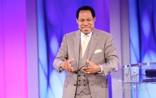 Tongues Magnifies God [+29 benefits] Pst. Chris Oyakhilome
